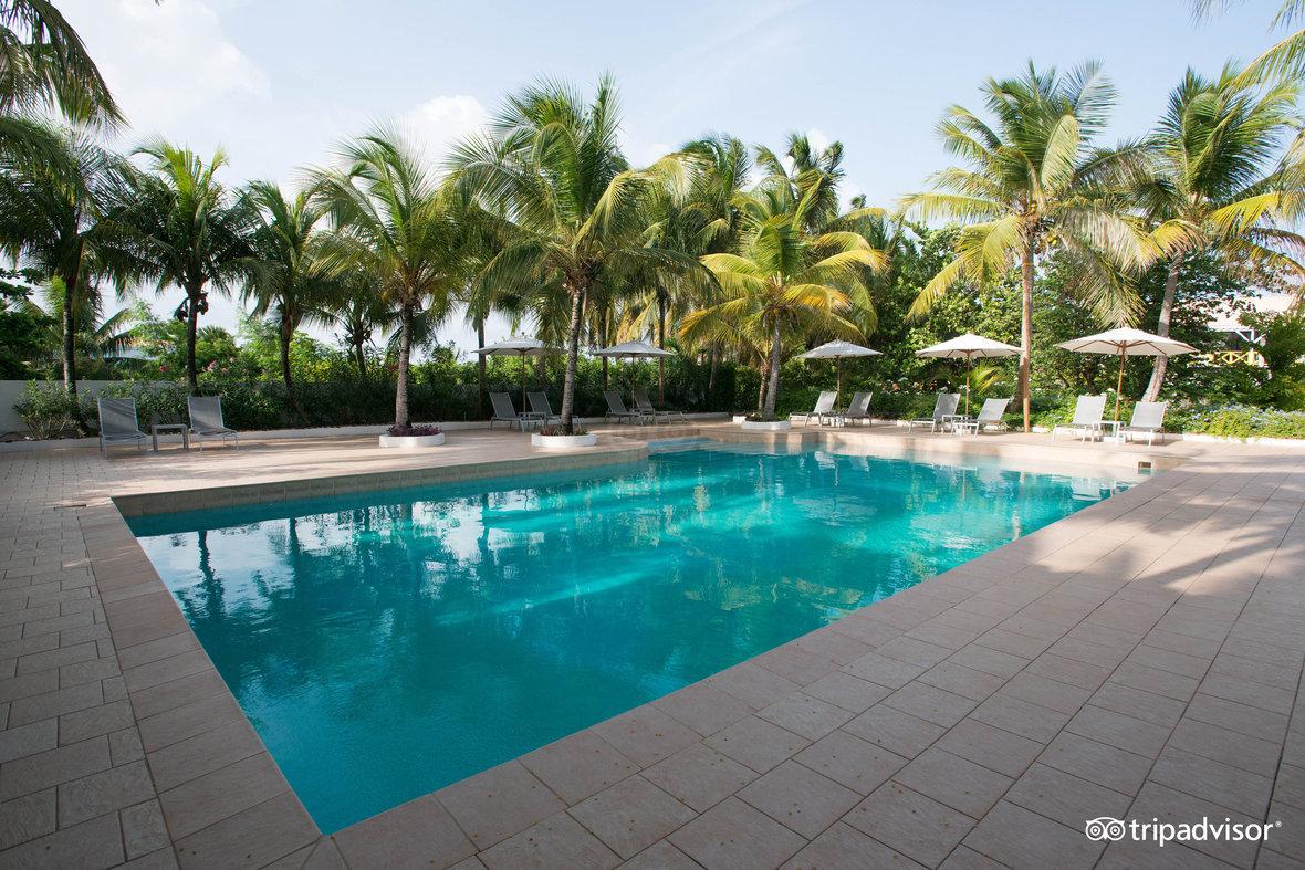 pool-1--v1884225-99